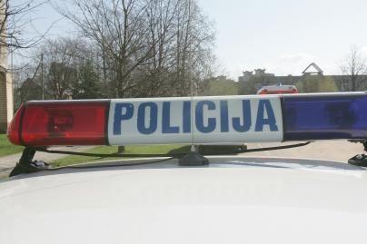 Girtas policininkas pats prisistatė į komisariatą