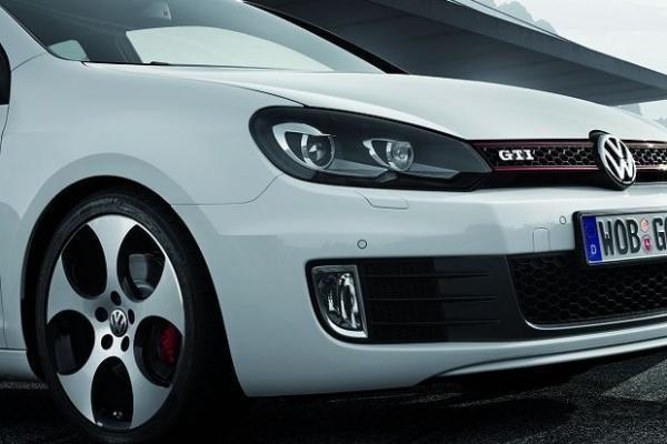 """""""Volkswagen"""" ketina išleisti biudžetinį modelį"""