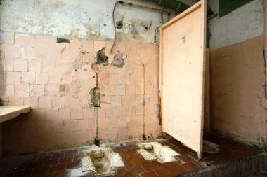 Kas penkta mokykla Vilniuje veikia neteisėtai?