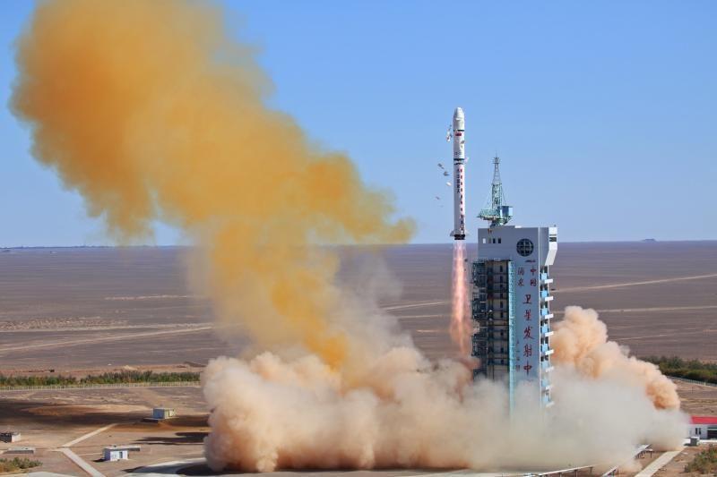 Kinijos raketa iškėlė į orbitą Venesuelos palydovą
