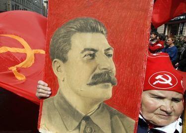 Stalinas pretenduoja tapti populiariausiu rusų veikėju