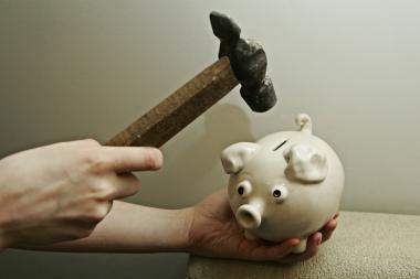 Bankrotų banga slūgsta
