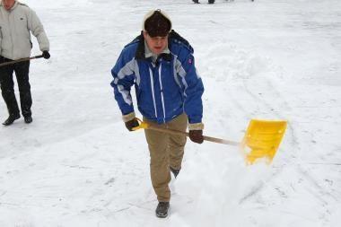 Sniego kasėjų įkainiai didėja, sudarinėjamos užsakovų eilės
