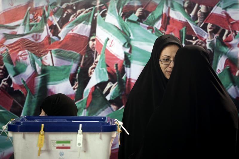 Irano prezidentas pašalino iš ministrų kabineto vienintelę moterį