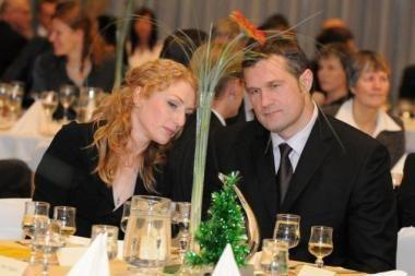 Už V.Aleknos santuokos dešimtmetį - sulčių taurė