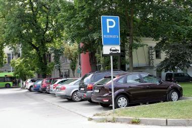 Sukčiai vengia mokėti už automobilių stovėjimą