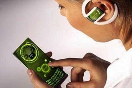 """""""Nokia"""" ketina užpatentuoti keičiamo dizaino telefoną """"Morph"""""""