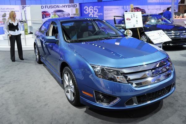 JAV kas mėnesį parduodama 25 tūkst. hibridų