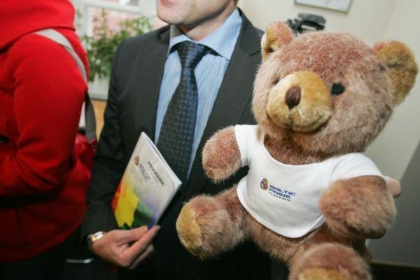 Homoseksualai prie Seimo protestuos bučiuodamiesi