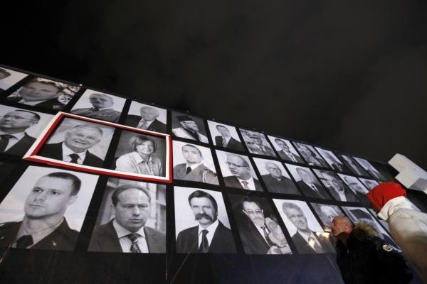 Dėl Lenkijos prezidento lėktuvo katastrofos tiriamos 4 versijos