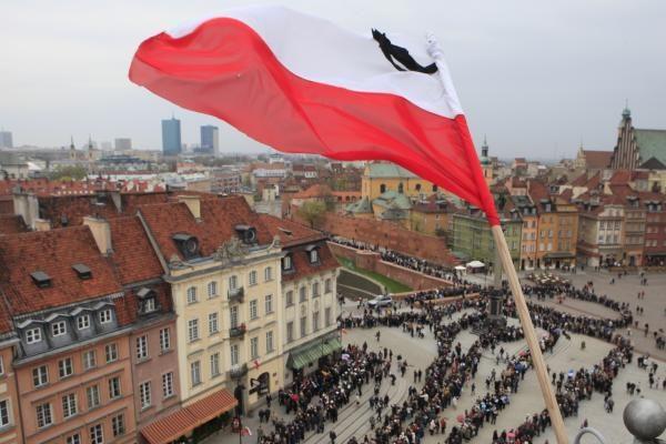 Lenkijos prezidento laidotuvės vyks nepaisant vulkaninių pelenų debesies