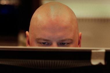 Šalčininkų savivaldybė interneto svetainės lankytojų klausia, už kiek parduotų savo balsą