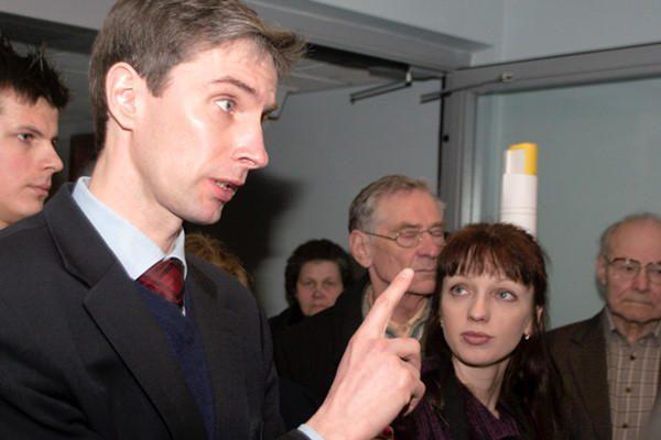 Rusija sukritikavo teismo sprendimą dėl liudijimų A. Paleckio byloje