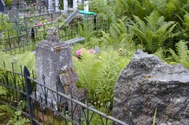 Tremtinių kapų priežiūra rūpinsis diplomatai