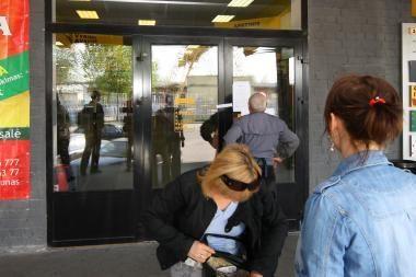 Policija konfiskavo žymių prekės ženklų klastočių už 20 tūkst. litų