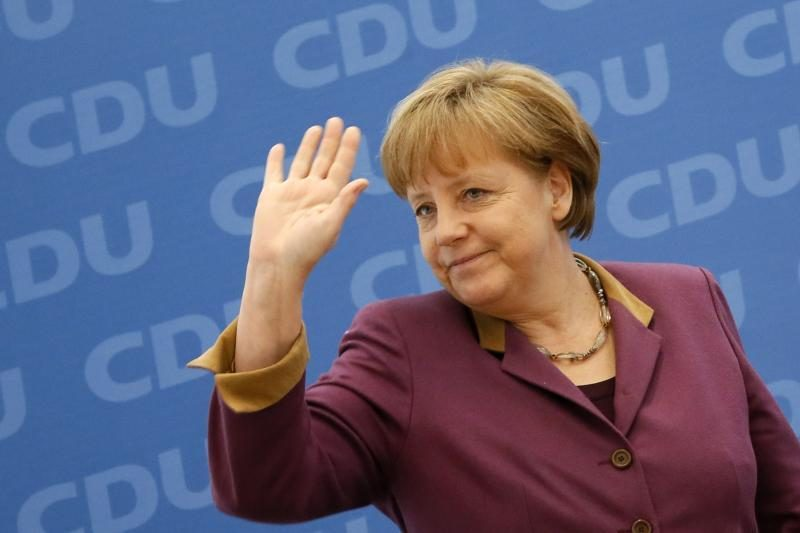 A.Merkel: galimybės išgelbėti euro zoną neturi būti pervertinamos