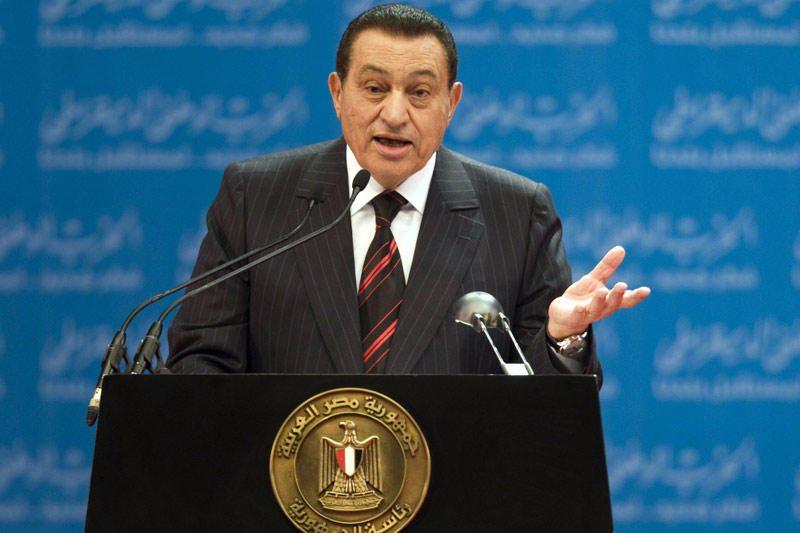 Egipto pareigūnai nurodė suimti paskutinįjį H.Mubarako režimo premjerą