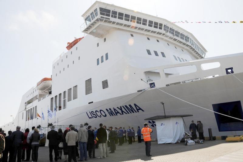 Dėl stipraus vėjo Klaipėdos uoste apribotas eismas, kitų nelaimių nėra