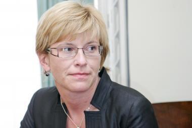 I.Šimonytė Seimui aiškinsis dėl degalų kainų