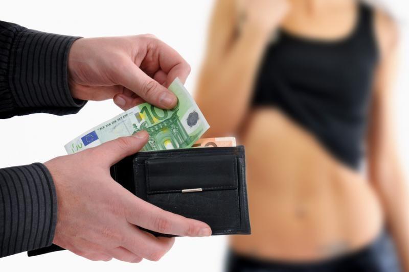 Prancūzų intelektualai abejoja ketinimų panaikinti prostituciją sėkme