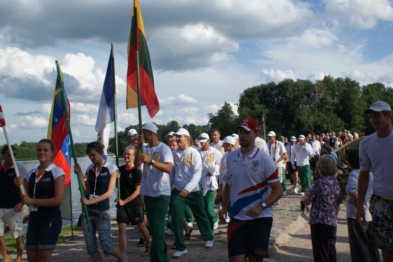 Lietuviai išlieka kovoje dėl irklavimo čempionato medalių
