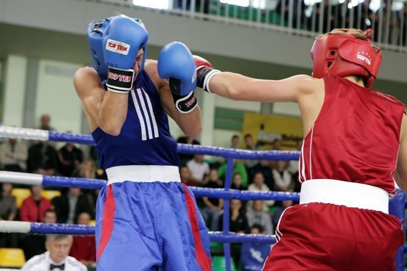Aukso medaliais pasidabino šalies stipriausi boksninkai