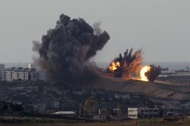 Izraelio karo lėktuvai bombardavo Gazos Ruožą