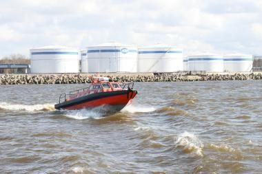 Dėl vietos dujų terminalui Klaipėdoje bus sprendžiama vėliau