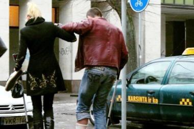 Dėl lijundros Vilniuje pasipylė traumos (papildyta)