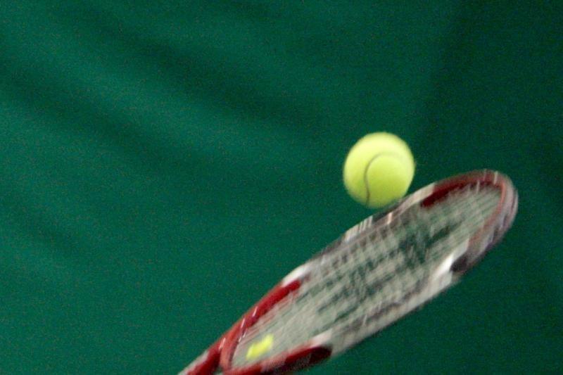 Kvaišalai nuteistiesiems keliavo teniso kamuoliuke