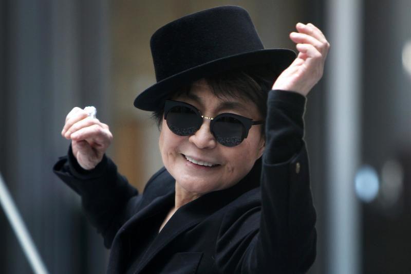 J. Lennono našlė Y. Ono savo 80-ąjį gimtadienį sutiko koncertuodama