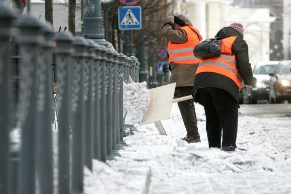 Orai Lietuvoje: vėl atšals, sekmadienį pasnigs (papildyta)