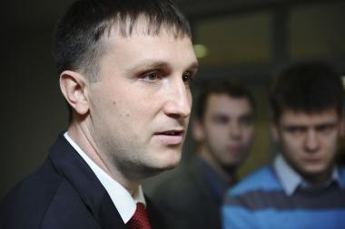 A.Sacharukas apkaltino premjerą