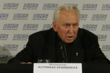 Monsinjoras A.Svarinskas: homoseksualai ruošiasi mus okupuoti (papildyta)