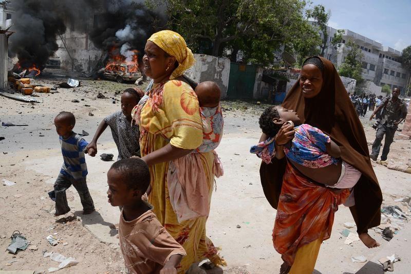 Mohadiše - mirtininkų išpuolis ir automobilio sprogdinimas (žuvo 34)