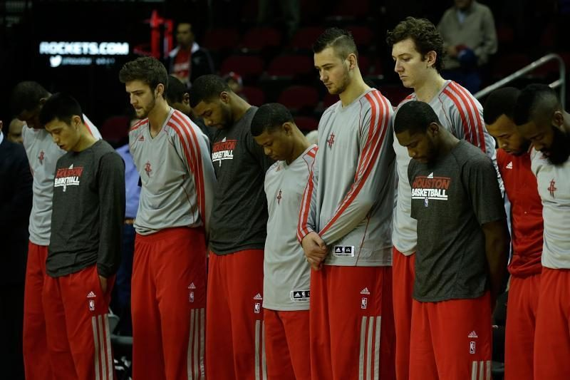 "Klubas tyčiojasi? ""Rockets"" vėl susigrąžino D. Motiejūną"
