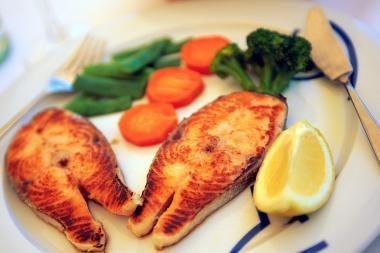 Kodėl vaikams verta valgyti žuvį