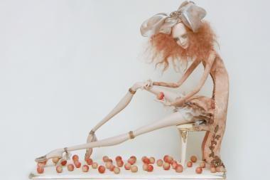 """Lėlių parodoje – """"glamūras"""" ir šalta prabanga"""