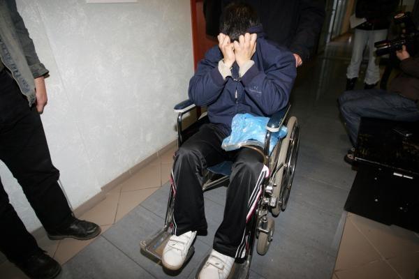18-metis juvelyrinės plėšikas suimtas mėnesiui , jo bendrininkas - dviem (papildyta)