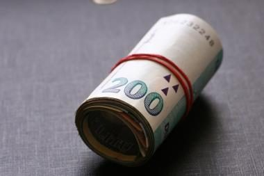 Pinigai išvilioti pažadėjus surasti butą