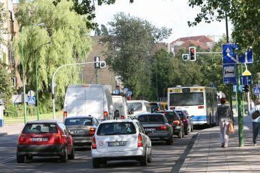 Lenkai giria eismo saugumą Lietuvoje
