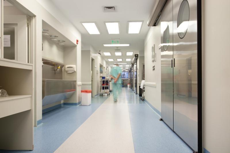 Iš Klaipėdos ligoninės pabėgo vyriškis, kreipęsis dėl šautinės žaizdos