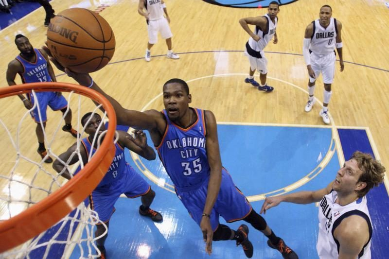 """""""Thunder"""" """"sausai"""" nukarūnavo NBA čempionus"""