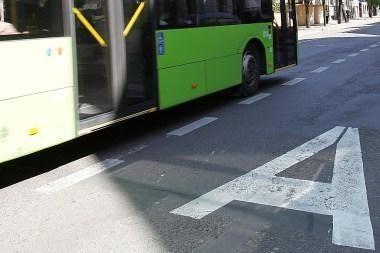 Autobusas partrenkė pėsčiąją