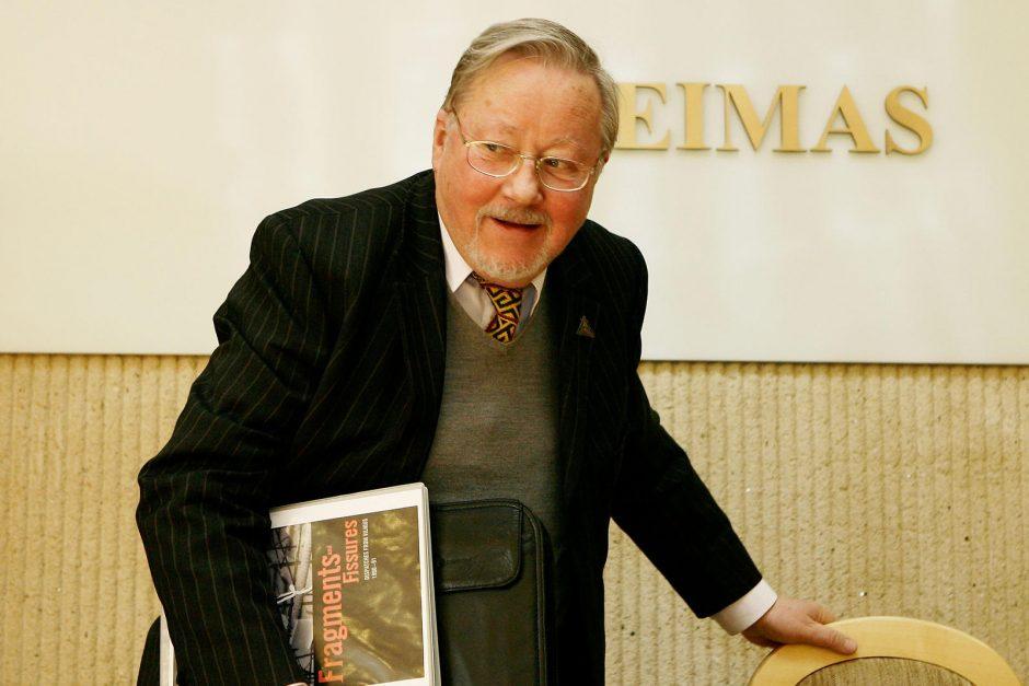 V.Landsbergis nenori savo vardo salės Seime