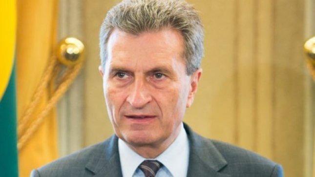 Vilniuje vieši Europos energetikos komisaras