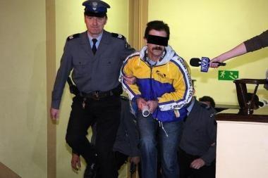 Varšuvos policija privalės sumokėti žurnalistui už išmuštą akį 250 tūkst. zlotų