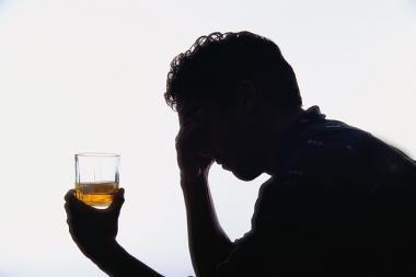 Policija bendradarbiauja su alkoholio prekybininkais