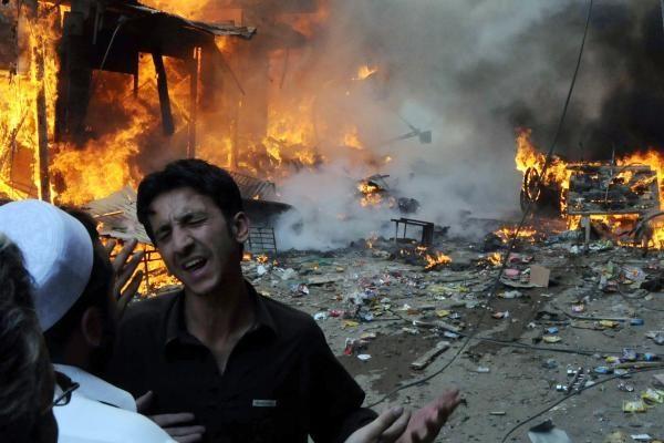 Pakistano šiaurės vakaruose per sprogdinimą žuvo šeši kariai
