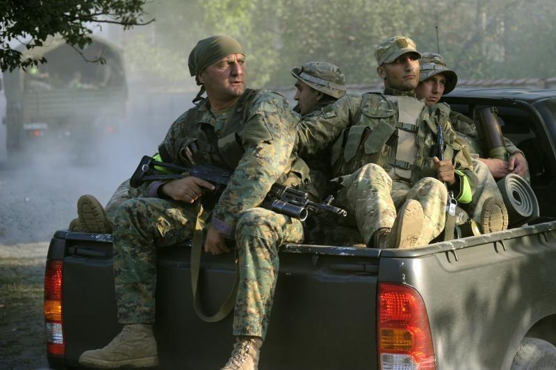 """Gruzijos policija susirėmė su """"ginkluota grupuote iš Rusijos"""""""